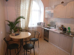 1-room Kiev apartment #003