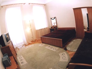 1-room Kiev apartment #004