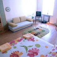 1-room Kiev apartment #009