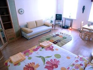 1-room Kiev apartment #009