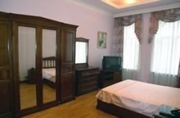 2-bedroom Kiev apartment #023