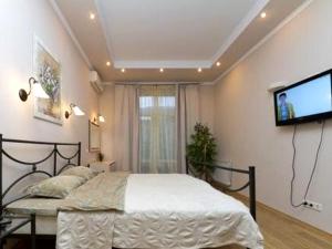 2-bedroom Kiev apartments #025