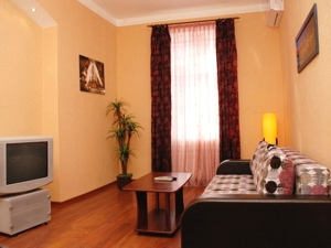 1-room Kiev apartment #026