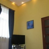 1-bedroom Kiev apartment #027 3