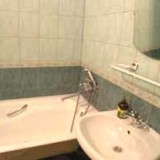 1-bedroom Kiev apartment #034 3