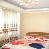 2-bedroom Kiev apartment #040 4