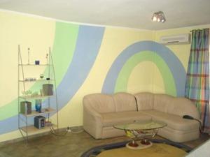 1-room Kiev apartment #051