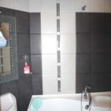 1-room Kiev apartment #053  3