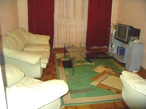 4-bedroom Kiev apartment #062