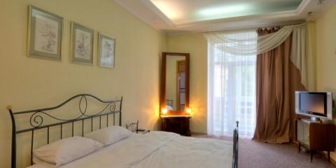 2-bedroom Kiev apartment #016