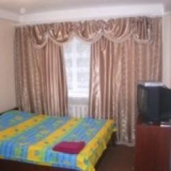 1-room Kiev apartment #054
